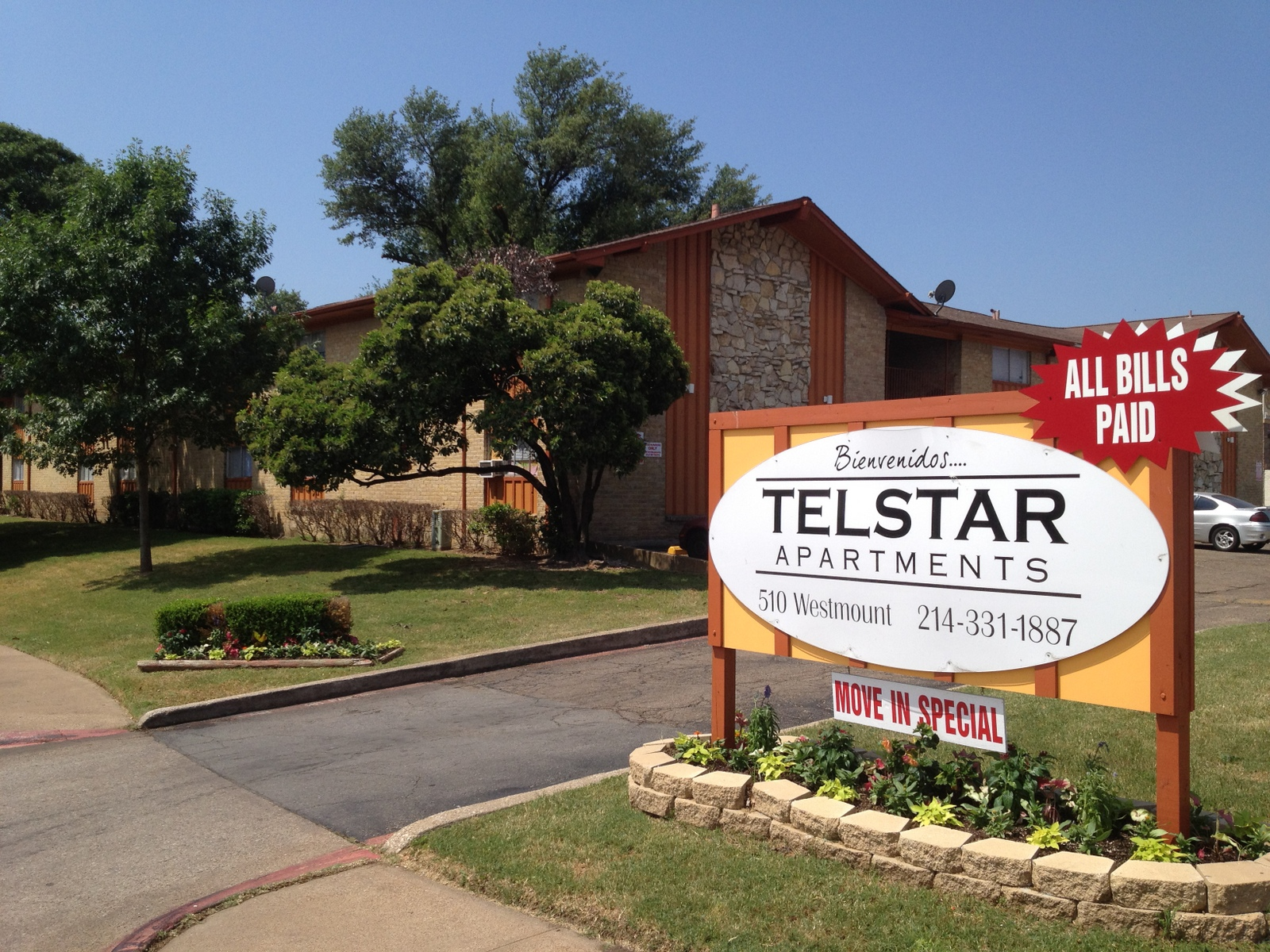 Telstar Apartments